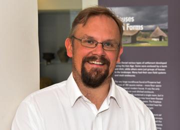 Photo of Dr Jonathan Murden.